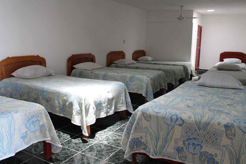 Hotel Bahia San Carlos, Carmen
