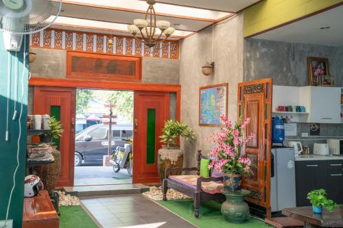 Stay in the heart of historical land- Ayutthaya !, Phra Nakhon Si Ayutthaya