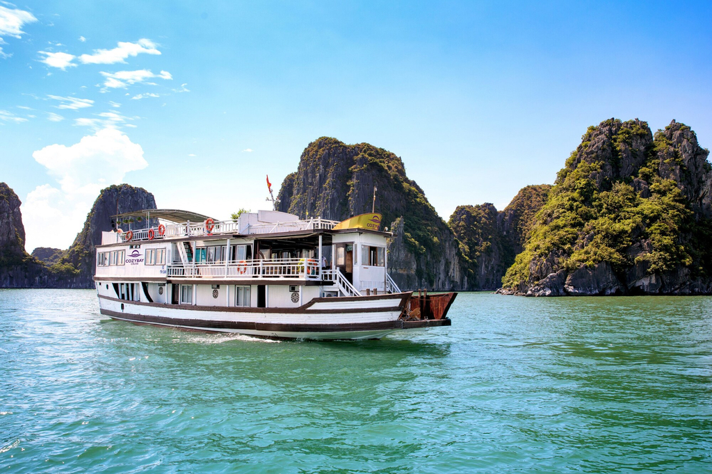Cozy Bay Cruise, Long Biên