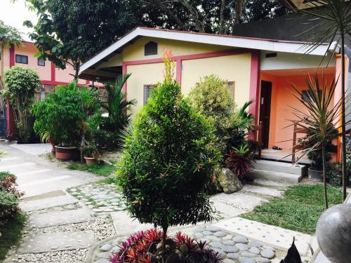 Pisces Garden Tourist Inn, San Vicente
