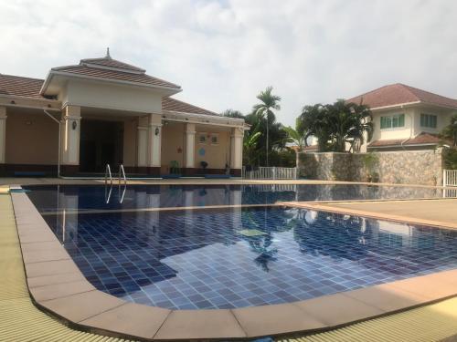 Private Villa by Than, San Kamphaeng