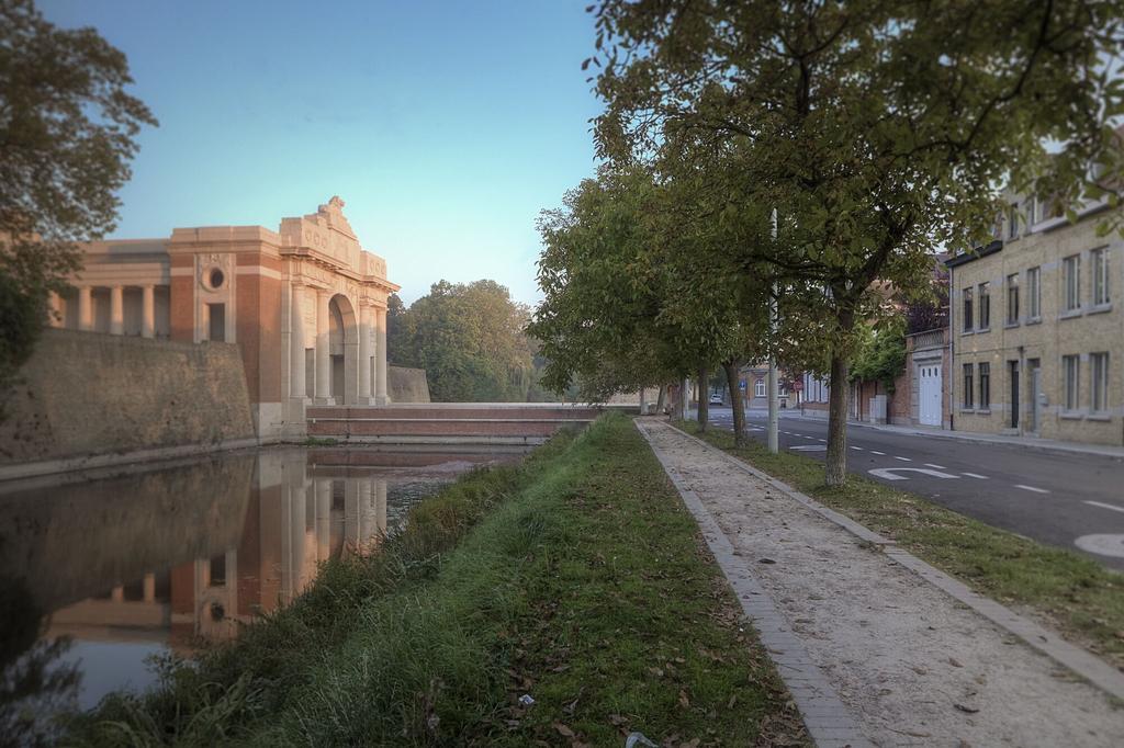 Menin Gate House, West-Vlaanderen