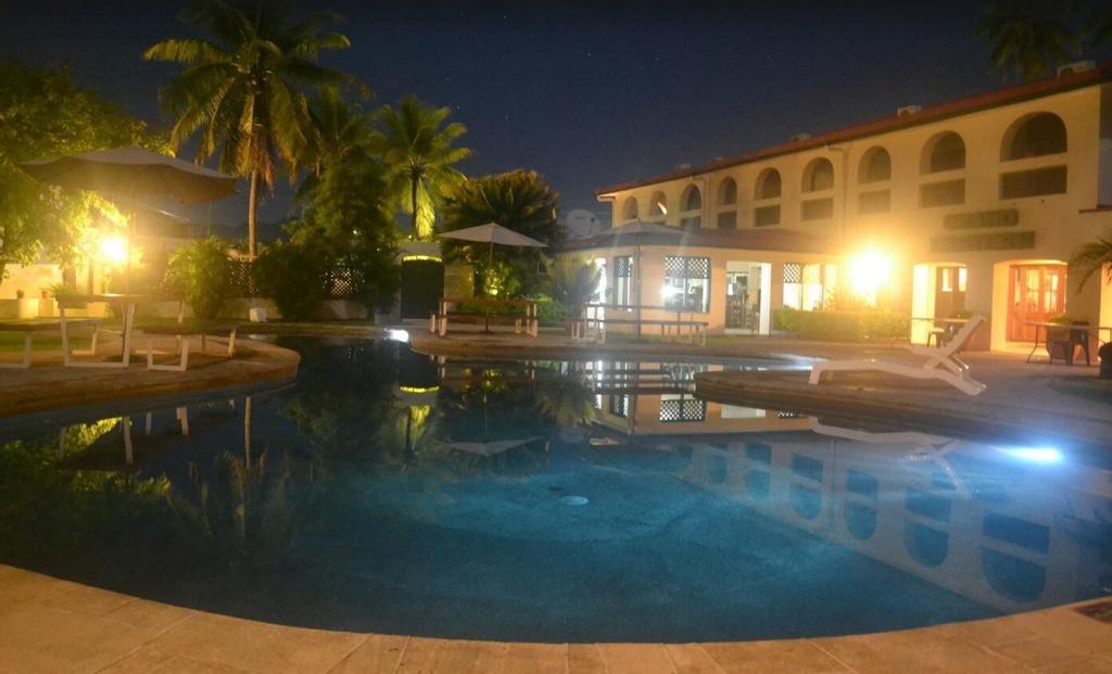 Grand Eastern Hotel, Macuata