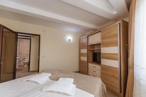 Dany Rent A Home, Pitesti