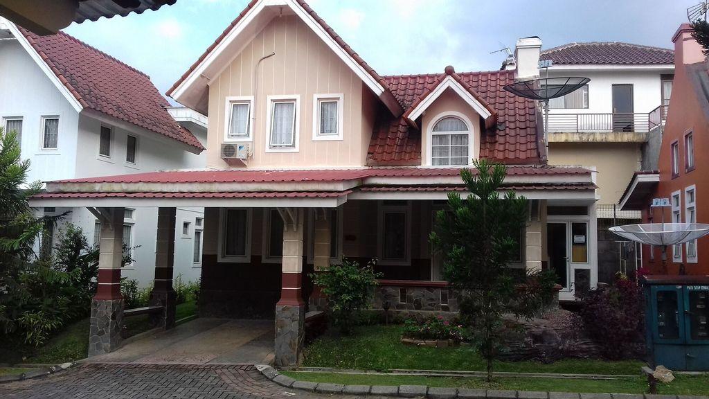 Kota Bunga R, Bogor