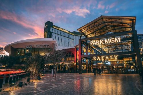 Park MGM Las Vegas by Suiteness, Clark