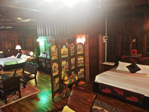 Lowinski Lodge, Seremban