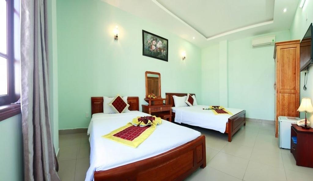 A Dong Hotel, Sơn Trà