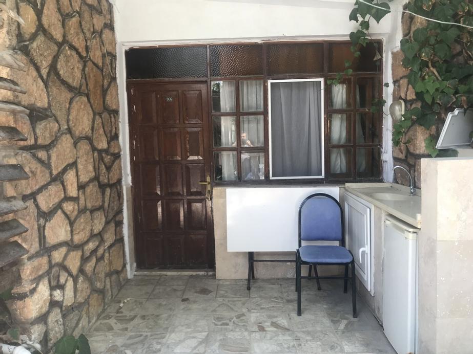 Kur-tur Otel, Akköy