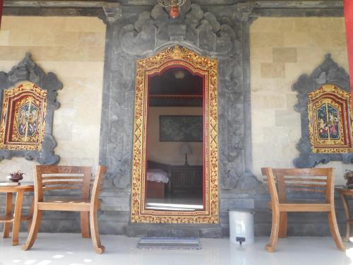 Puri Agung Family, Karangasem