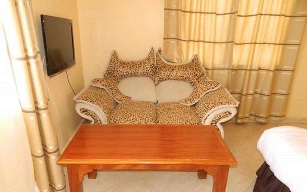 Ideal Palace Hotel, Mwingi Central