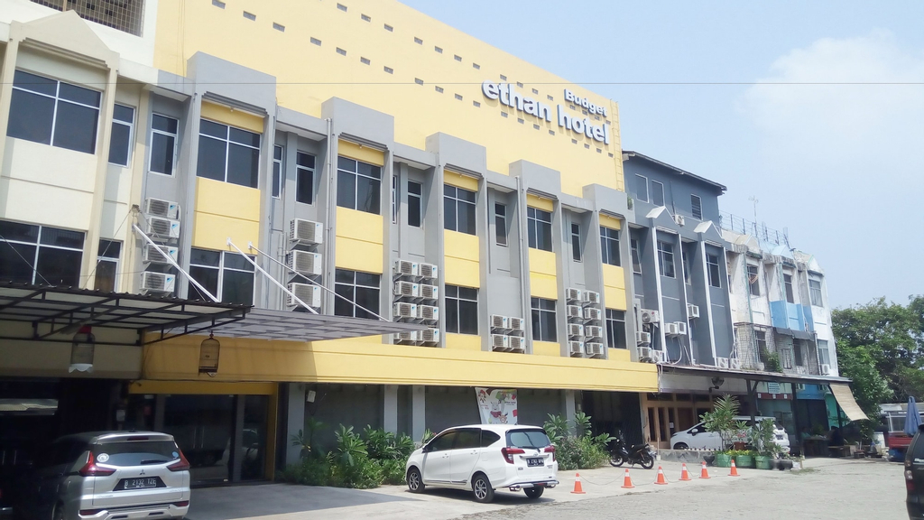Ethan Hotel Cilincing Plaza, North Jakarta