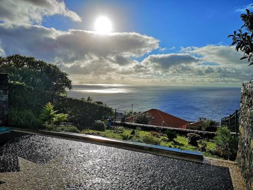 Sea View Retreat, Santa Cruz