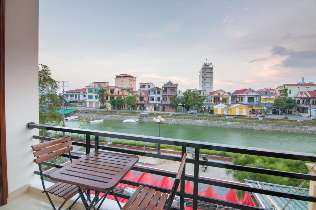 Au Lac Bar & Hostel, Đồng Hới