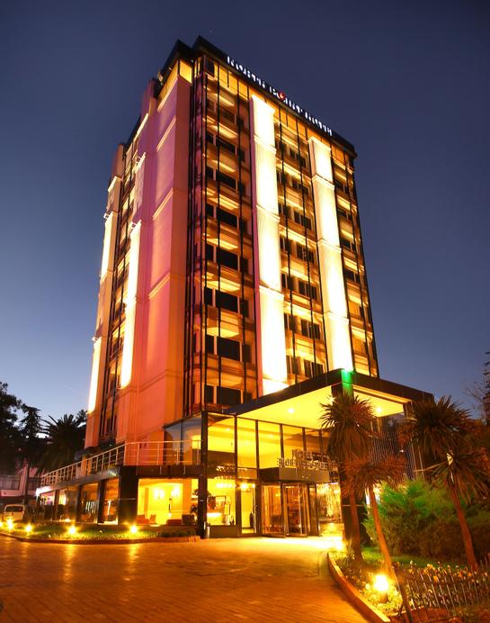 North Point Hotel, Merkez