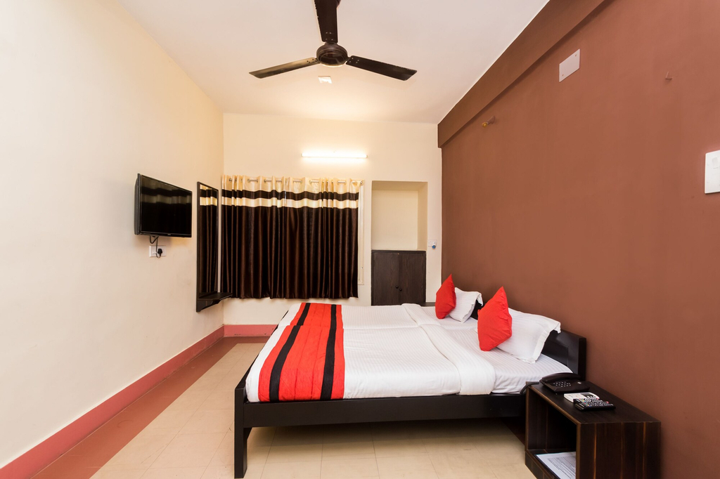 OYO 7326 Hotel Penguin, Kolkata