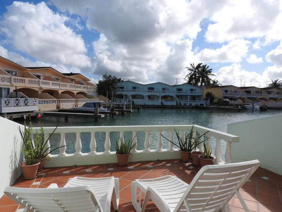Villa 420C Jolly Harbour,