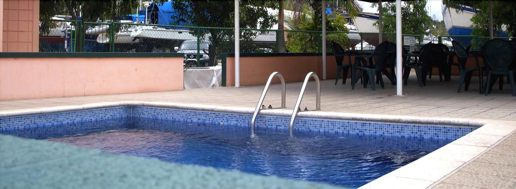 Coral Cove Marina Hotel,