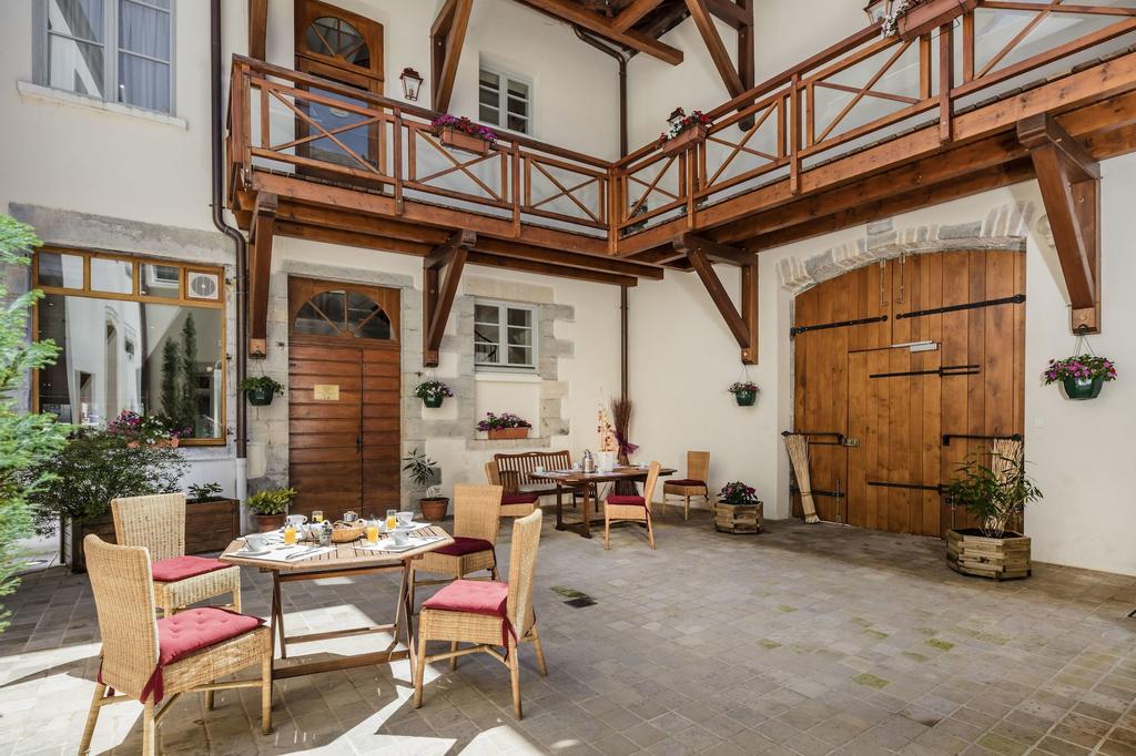 Appart Hôtel Charles Sander, Jura