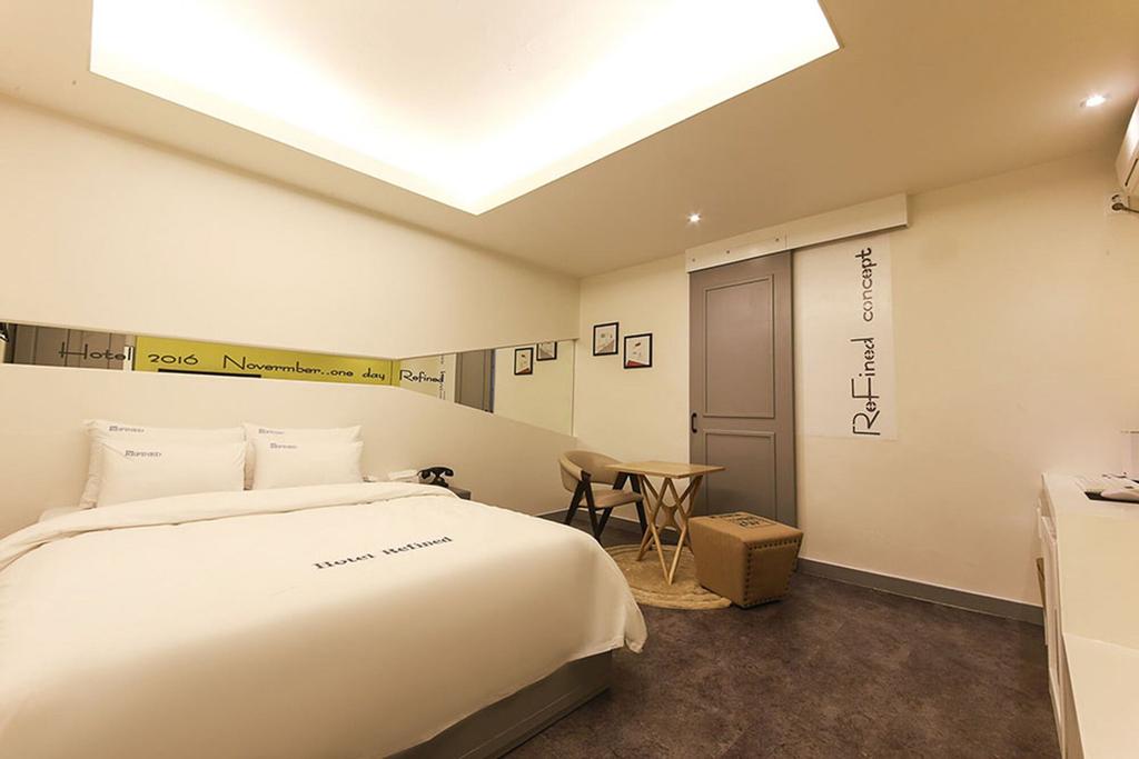 Refined Hotel, Daedeok