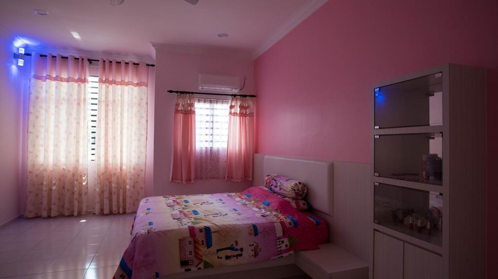 Holidayhome 188 Taman Sejati Suria, Manjung