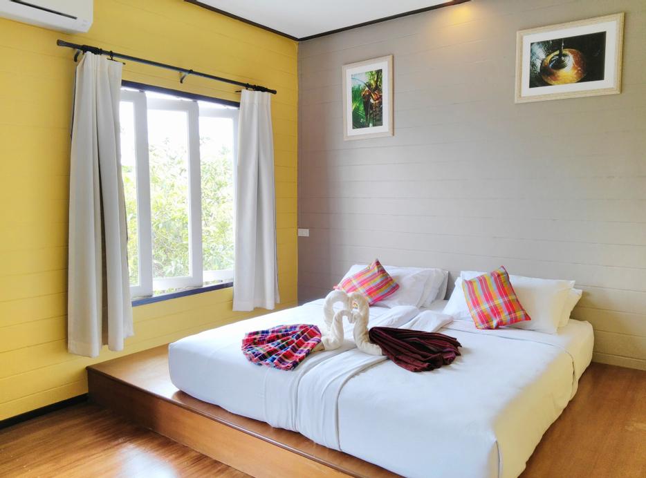 Thanicha Resort Amphawa, Amphawa