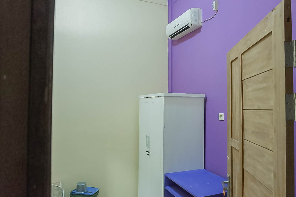 KoolKost Female Syariah near IKIP PGRI (Minimum Stay 3 Nights), Pontianak