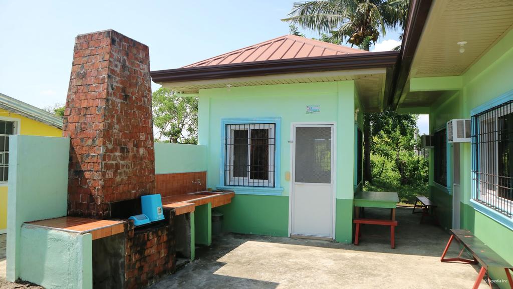 Gomeson Villas, Alaminos City