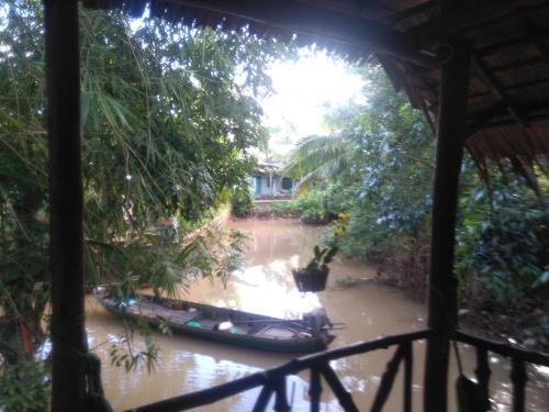 Homestay Ngoc Sang, Long Hồ
