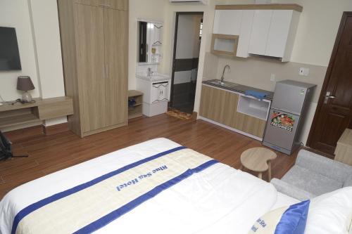 Blue Sea hotel, Hải An