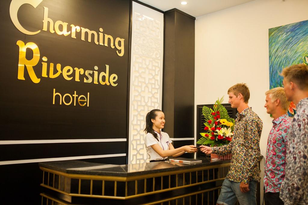 Charming Riverside Hotel, Huế