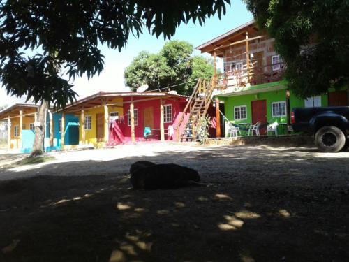 Cabanas Aguas Verdes, Soná