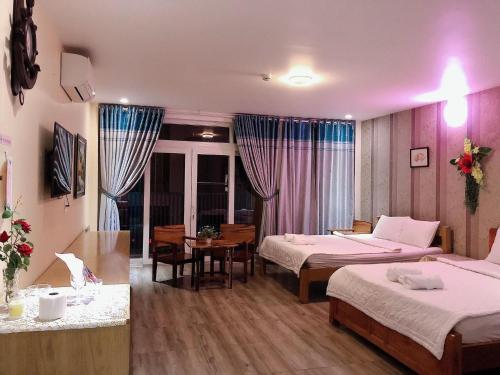 RED BEAN HOTEL, Thuận An