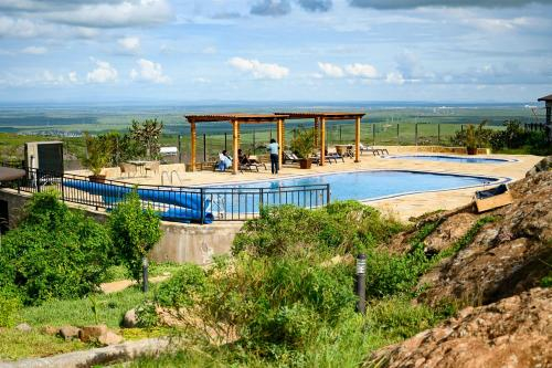 SAAB ROYALE RESORT, Kajiado West