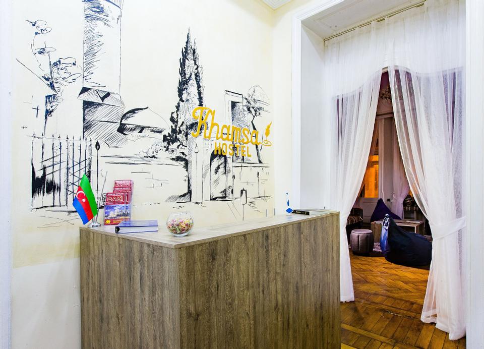 Khamsa Hostel, Bakı