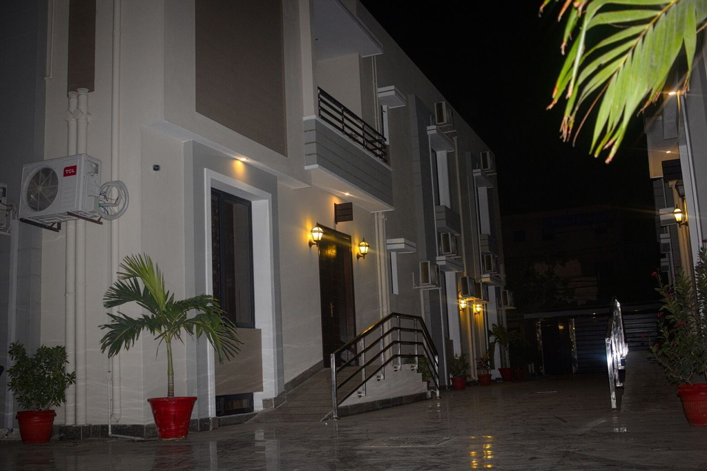 Zifan Hotel & Suites, Karachi