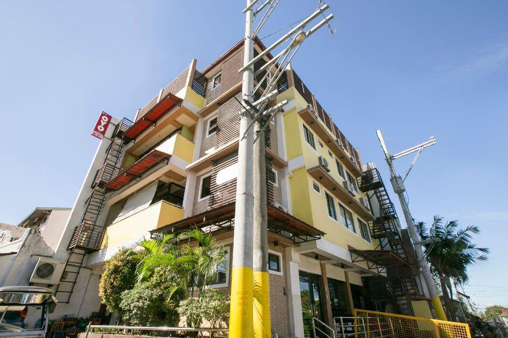 Rjat Guesthouse, Calamba City