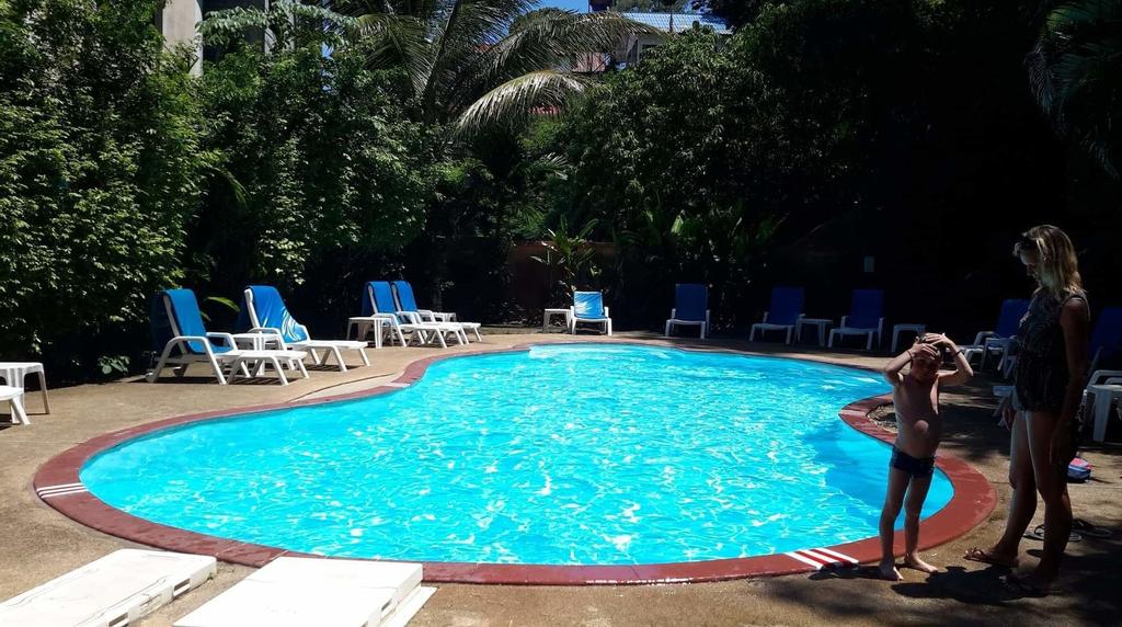 Fullmoon Beach Resort, Pulau Phuket