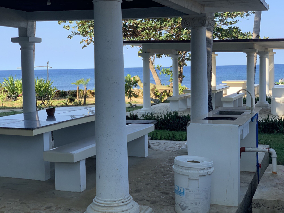 Hotel G Beach Resort and Restobar, Bolinao