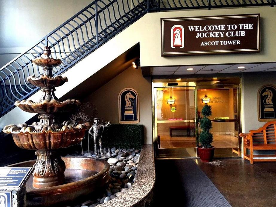 Jockey Club Suites, Clark
