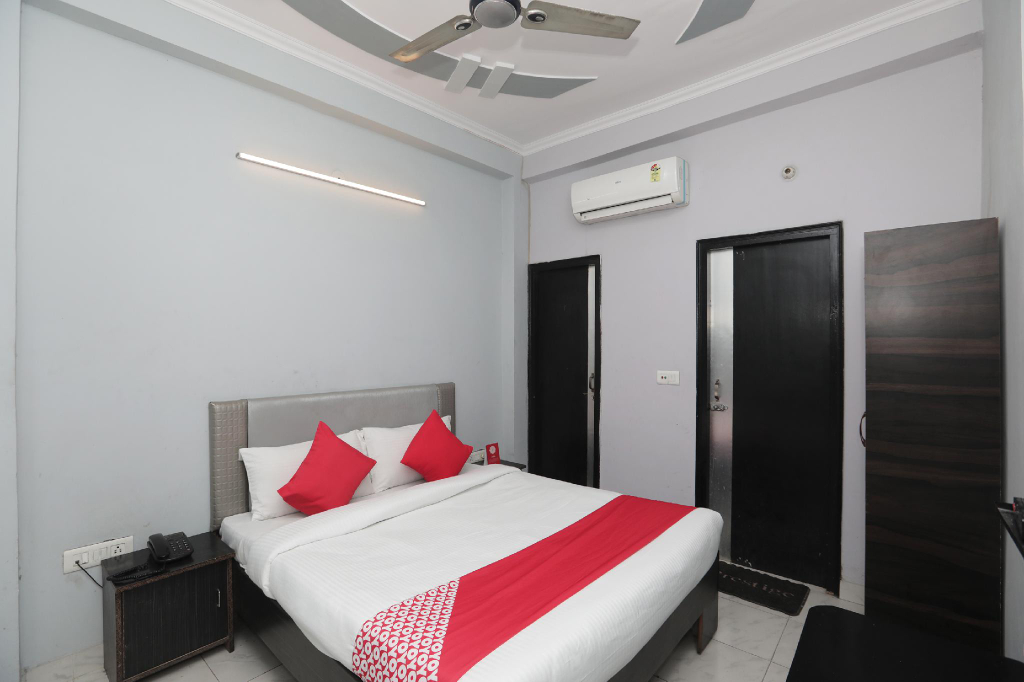OYO 40851 Hotel Athithi, Ghaziabad