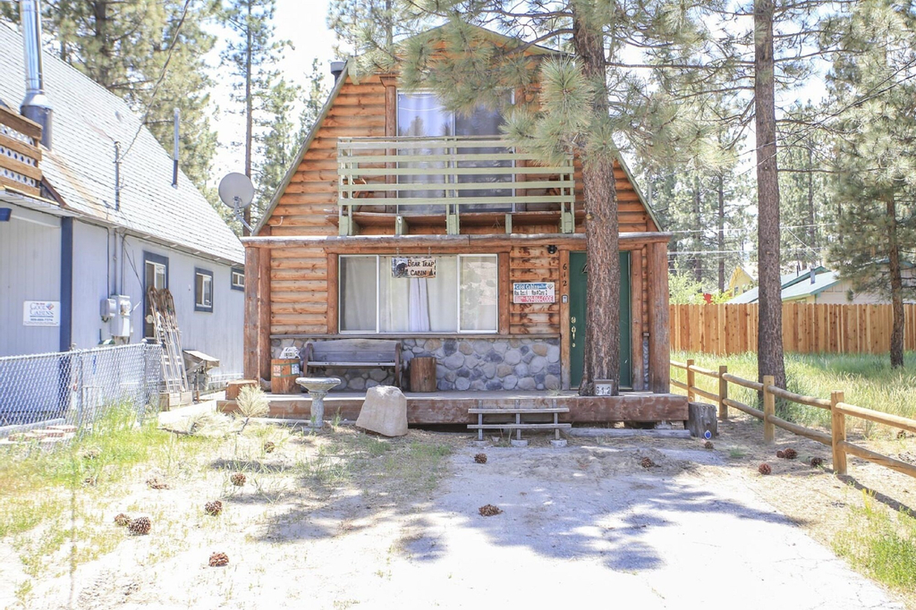 Bear Trap Cabin, San Bernardino