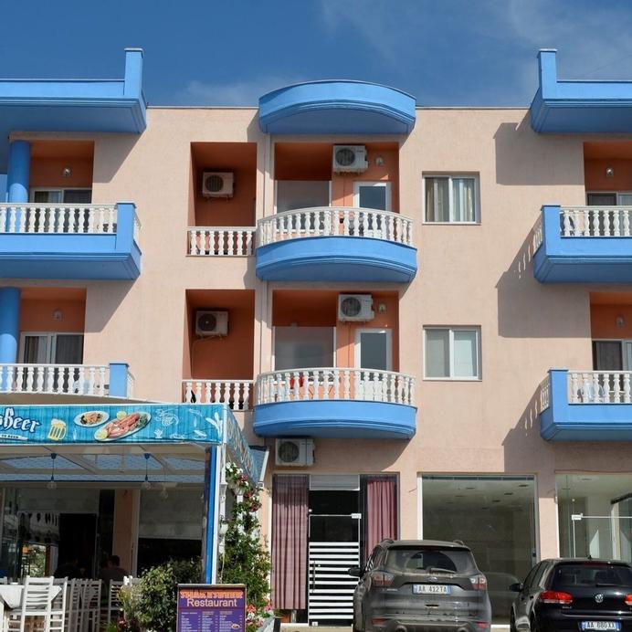 Hotel Achilleus, Sarandës