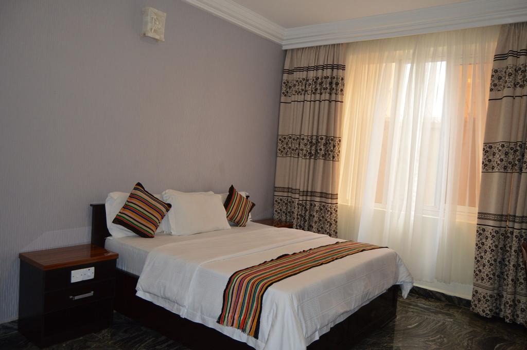 Hans Place Hotel, AbujaMun
