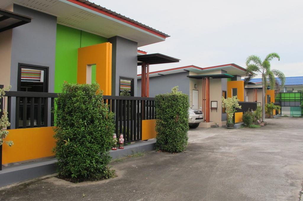 Jirapa Modern Resort, Pluak Daeng