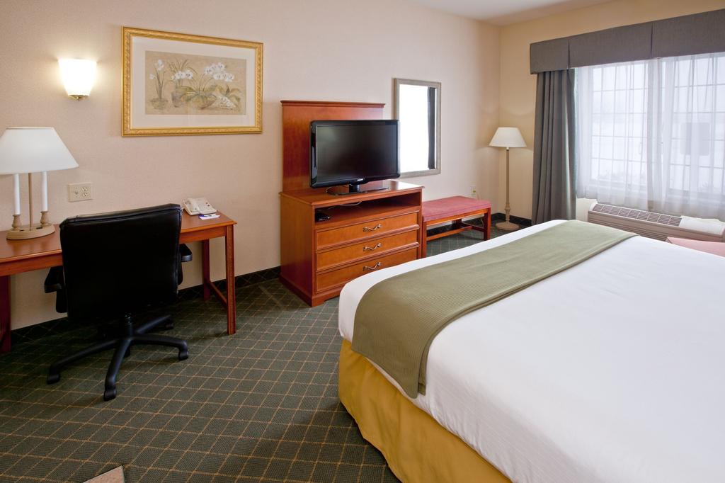 Holiday Inn Express Lebanon, Boone