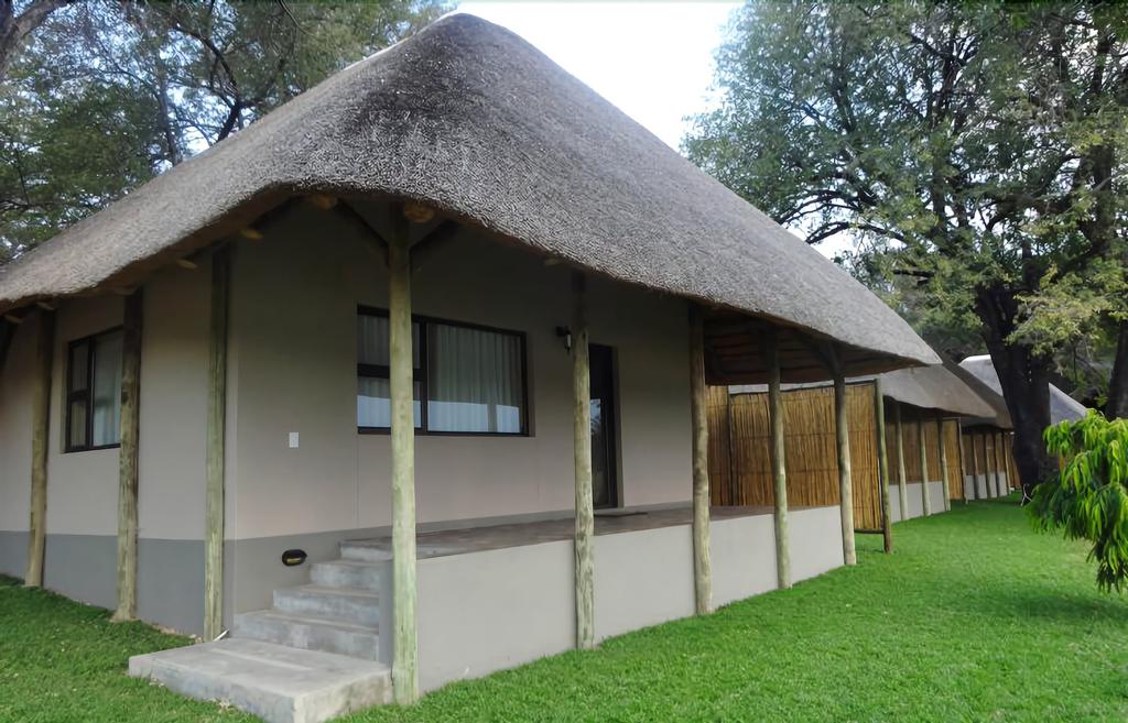 Shametu River Lodge, Mukwe