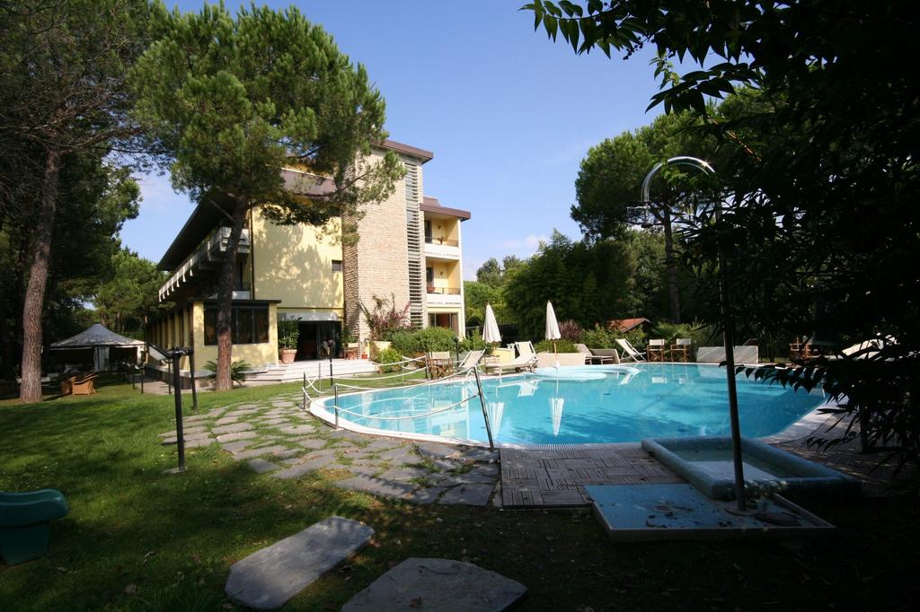 Hotel Nedy, Massa Carrara