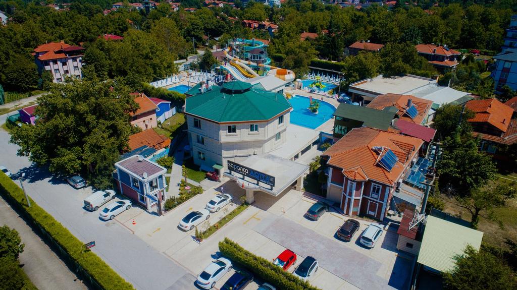 Sapanca Aqua Hotel, Merkez