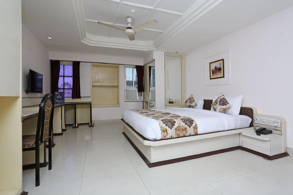 OYO 10264 Hotel Midtown, Raipur